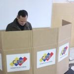 votación-escuela-bustamante-la-ermita-GOBERNADOR-19-696x464